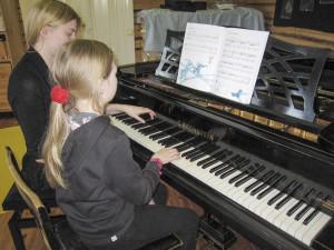 musiikkiopetus-pianokurssi